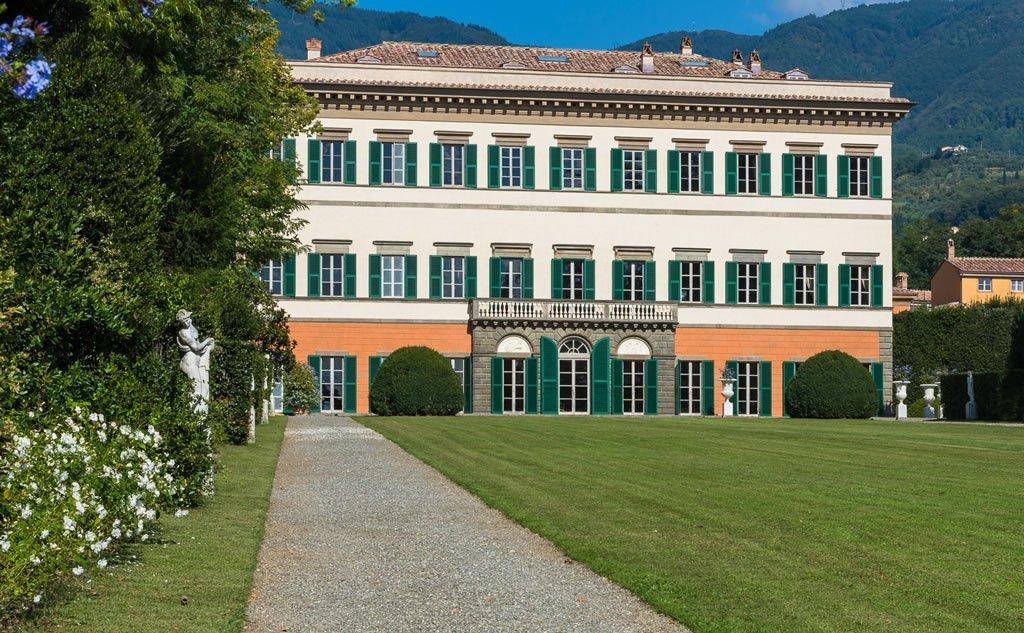 villa-reale-ev