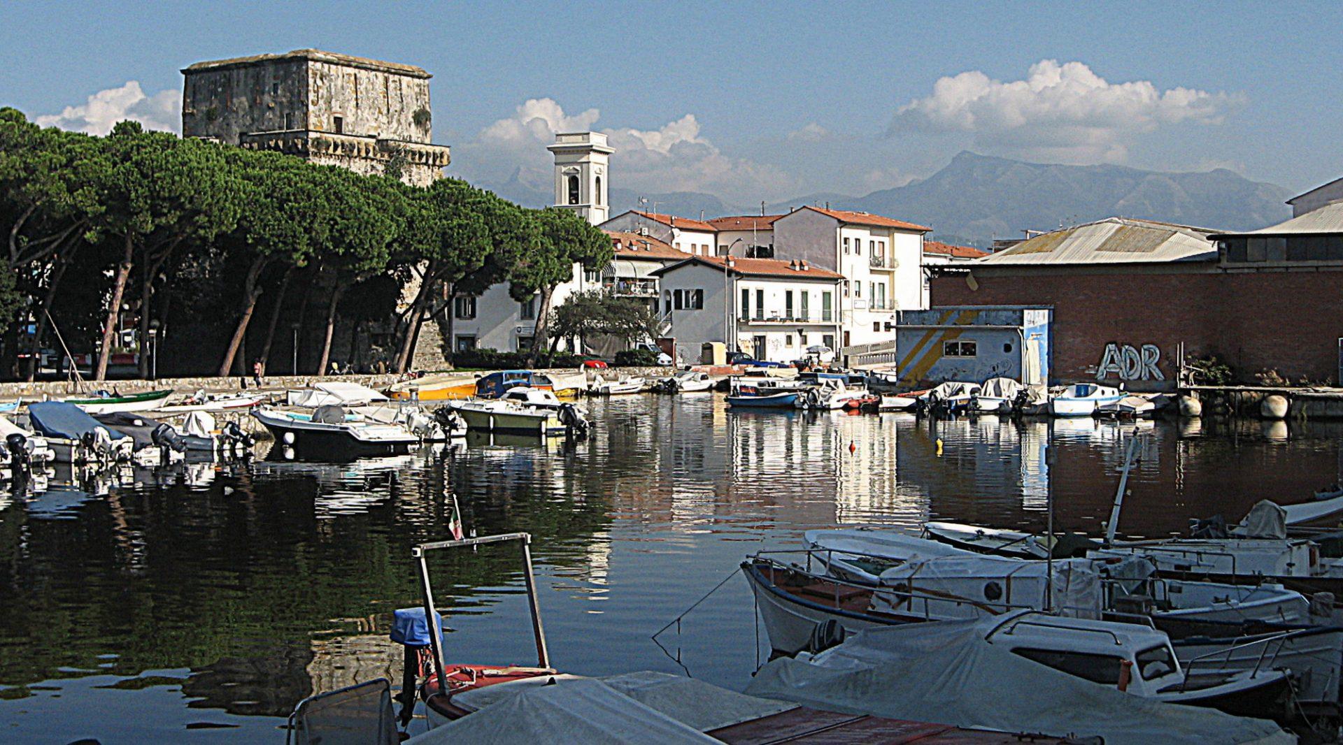 La Torre Matilde e l'antica Darsena Lucca