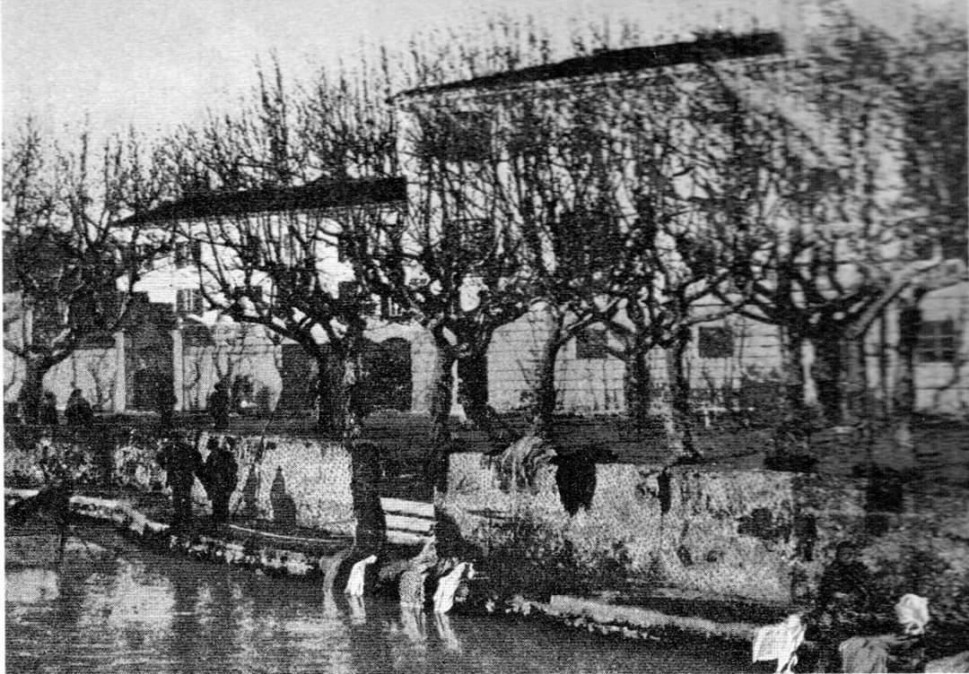 Antico lavatoio sul canale Burlamacca